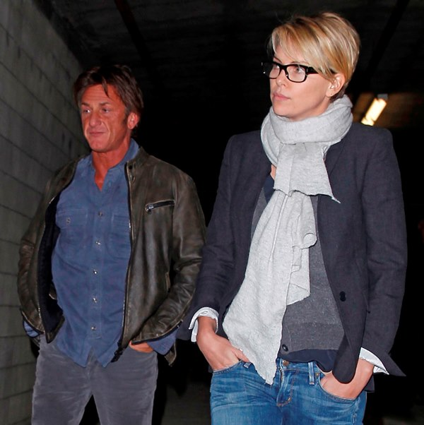 Charlize Theron Sean Penn photo