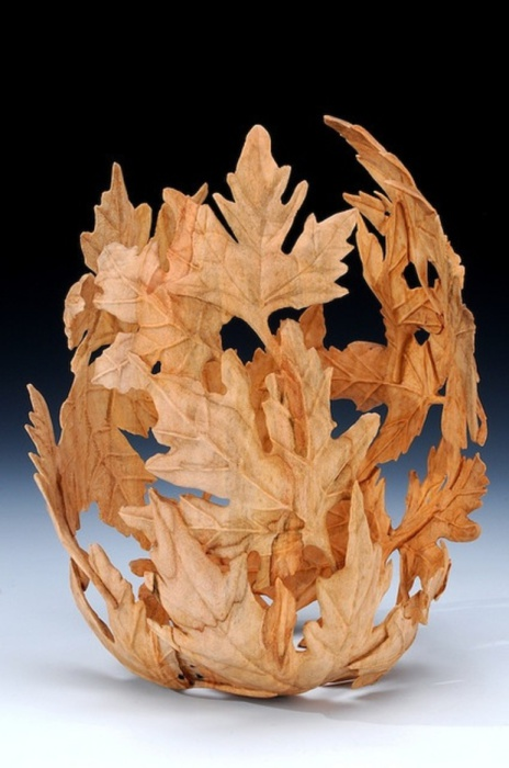 Sculpture from leaves and glue made by a balloon.