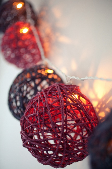 Christmas tree balls from Balloons