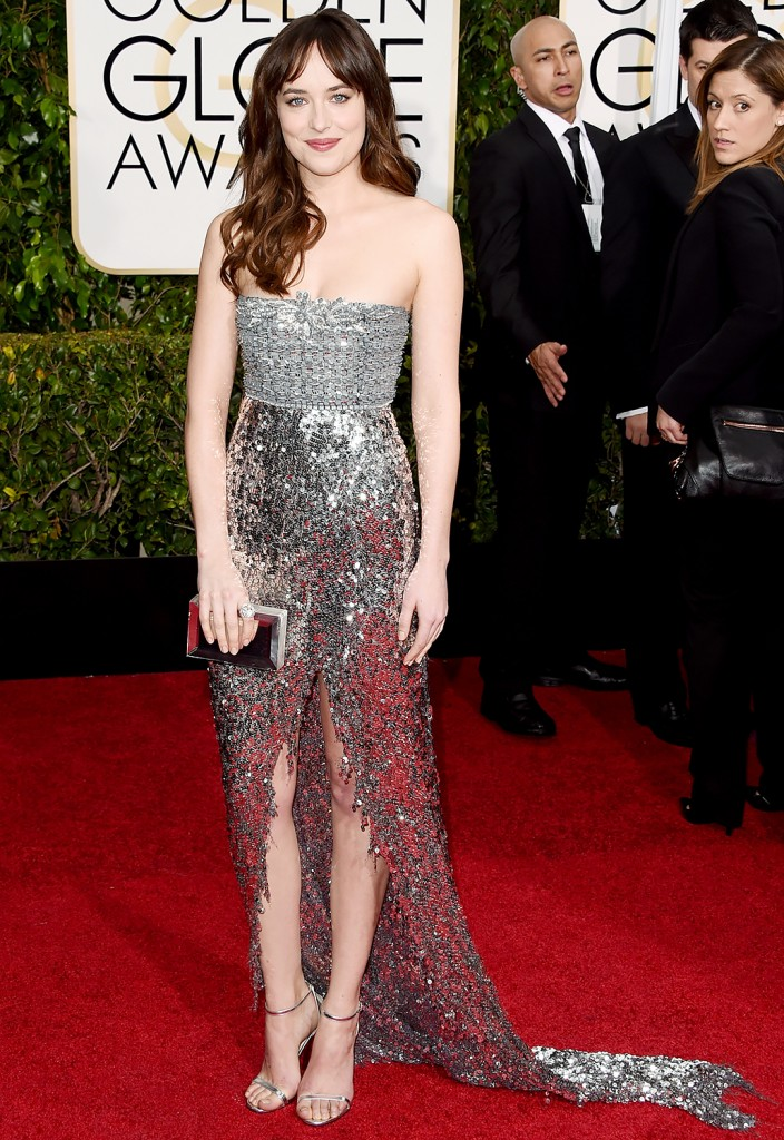 Dakota Johnson Red carpet silver dress