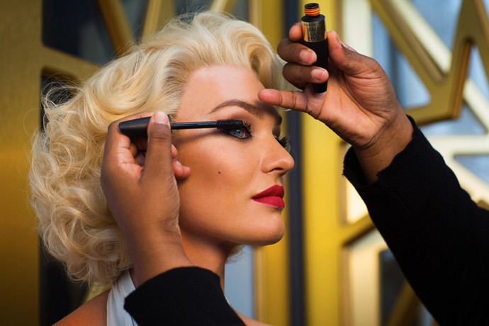 Candice Swanepoel the image of Max Factor