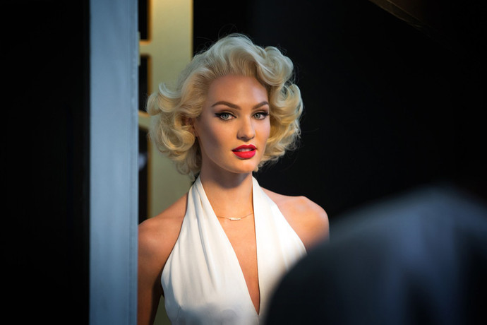 Candice Swanepoel hairstyle as Marilyn Monroe