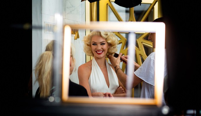 Candice Swanepoel makeup as Marilyn Monroe