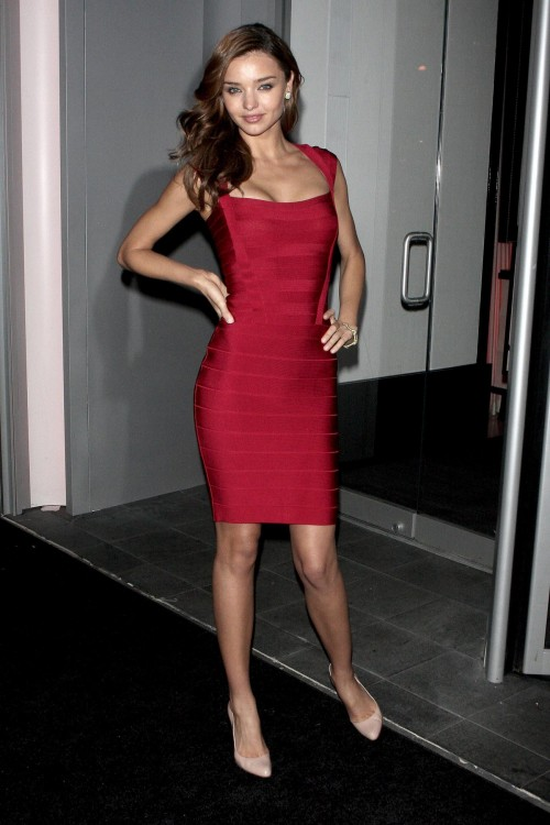 Miranda Kerr red short dress