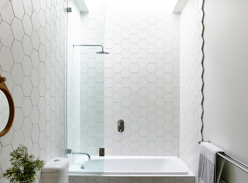 hexagonal tiles bathroom ideas