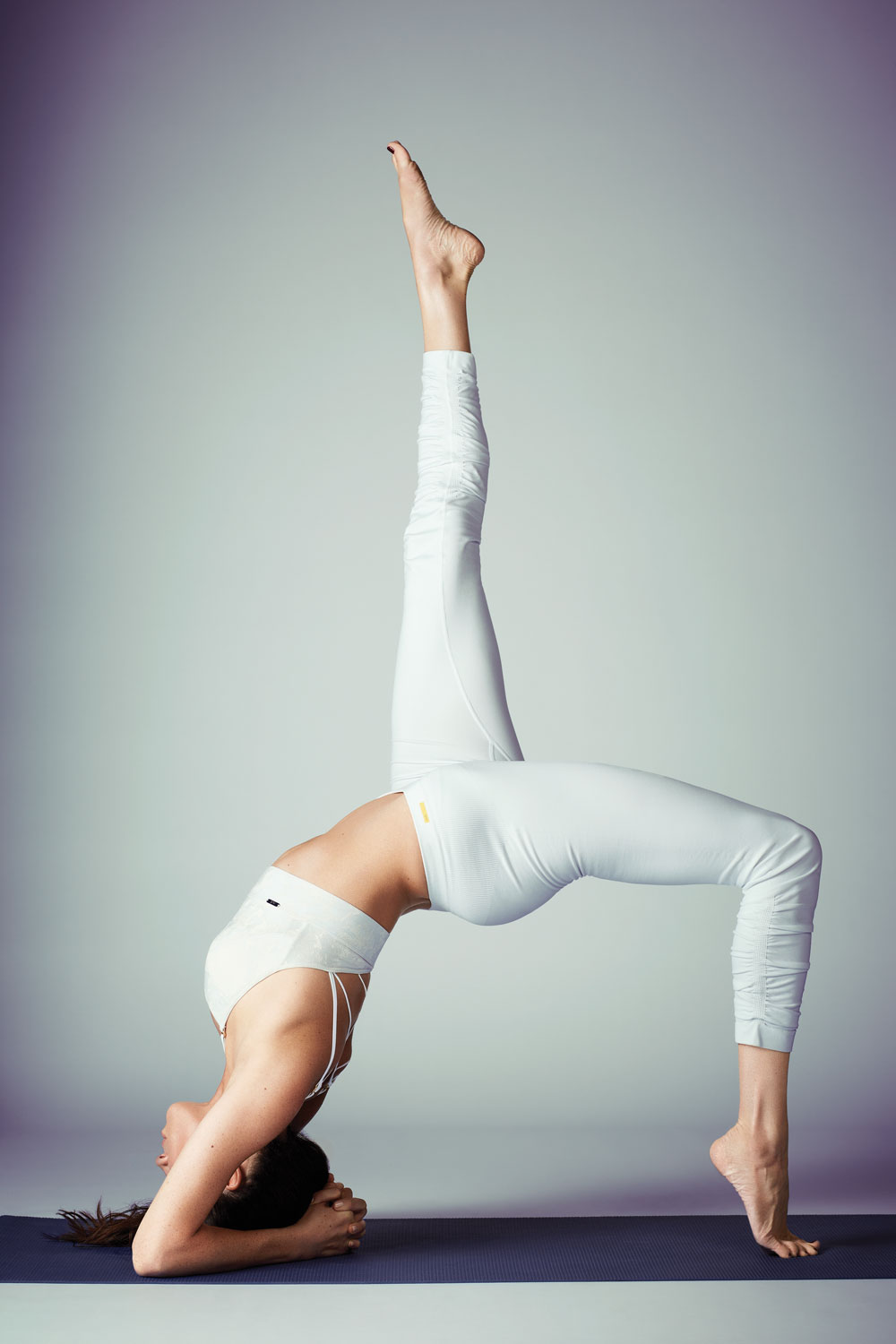 Meghan Markle yoga poses